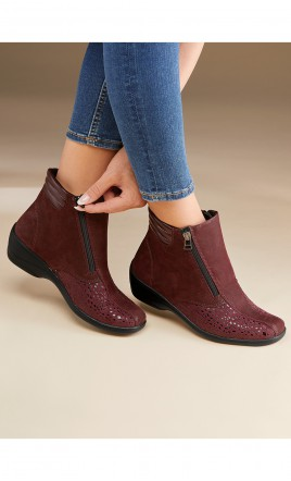boots - ONELKA