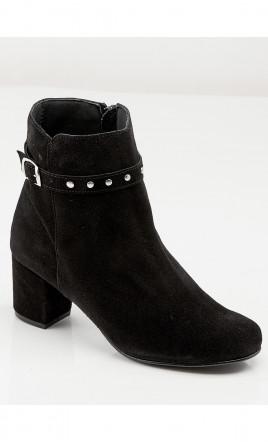 boots - OMEYA